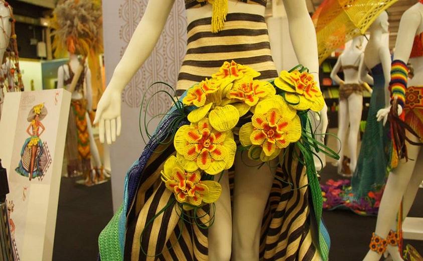Vestidos Reales Vestidos Artesanales Artesanías De Colombia