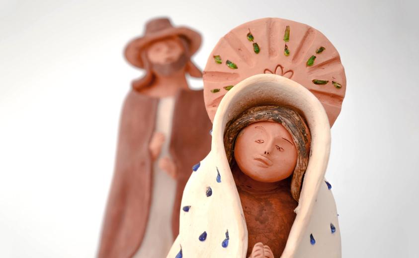 http://artesaniasdecolombia.com.co/PortalAC/images/semana-santa-artesanal-rosa-maria-1.jpg